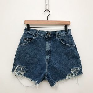VINTAGE LEE 90s High Rise Distressed Cutoff Short
